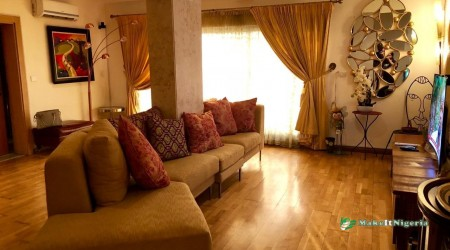 Creative Short Let Apartment, Ikoyi